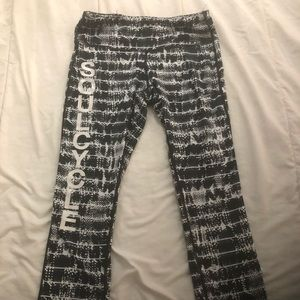 Black and white Lululemon SoulCycle tights